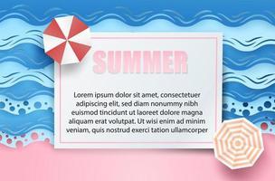 Sommerrahmenhintergrund mit Regenschirmen und Wellen