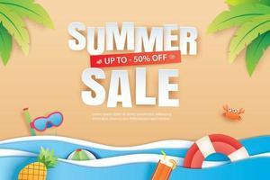 sommarförsäljning med dekorationsorigami på strandbakgrund