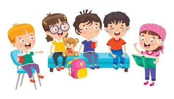 glückliche Schulkinder sitzen und lachen