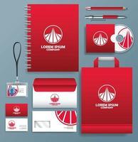 uppsättning röda, vita logotyp stationära mallar på grå bakgrund