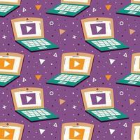bärbara datorer på violett bakgrund med trianglar sömlösa mönster