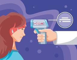 Arzthand, die digitales Thermometer mit kranker Frau hält