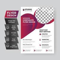 Corporate Flyer Vorlage mit kreisförmigen geometrischen Formen vektor
