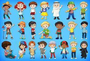 große Gruppe von Kindern, die verschiedene Aktivitäten ausführen