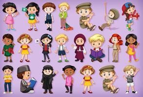 stor uppsättning barn som gör olika aktiviteter