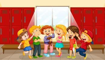 grupp barn vid omklädningsrum
