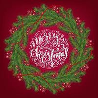 Weihnachtskranz mit roten Beeren auf immergrünen Zweigen