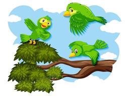 glad fågel som flyger i naturen
