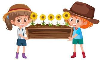 süße Mädchen, die Blume im Holztopf halten