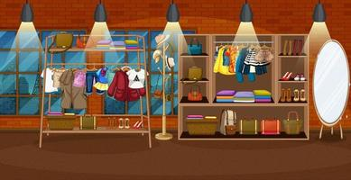 Kleidung hängt an einem Kleiderständer mit Zubehör in Regalen in der Raumszene