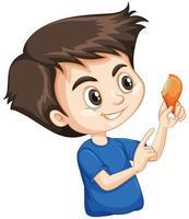 süßer Junge, der gebratenes Huhn auf weißem Hintergrund isst