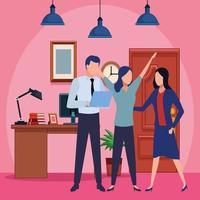 affärsmedarbetare med kontorsmaterial