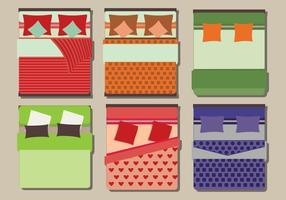 Flat Set von Betten mit Bettwäsche Vektoren
