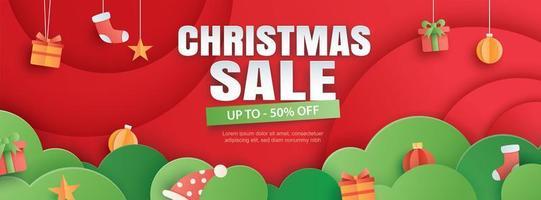 Weihnachtsverkauf mit Geschenkbox auf rotem Hintergrund vektor