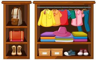 Kleidung, die im Kleiderschrank mit Zubehör auf weißem Hintergrund hängt