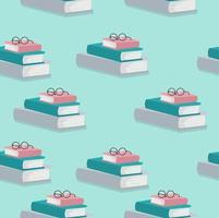 Stapel Bücher mit Brillenmuster