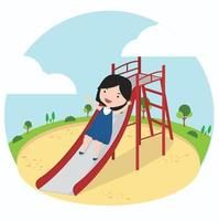 kleines Mädchen, das Spaß auf einer Spielplatzrutsche hat