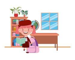 Studentin mit Schulmaterial im Klassenzimmer