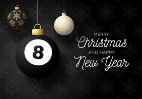 Weihnachtskarte mit Kugelschmuck und Billardkugel