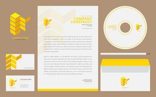 Konstruktion Logotyper i Stationery Set Media. Byggbransch Branding Template redo att använda. vektor