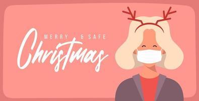 god och säker jul. kvinna i hjorthornhatt som bär skyddande ansiktsmask mot koronavirus. jul under pandemi. semester gratulationskort xmas firande. platt vektorillustration. vektor