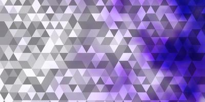 hellvioletter Vektorhintergrund mit Dreiecken. vektor