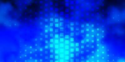 hellblauer Vektorhintergrund im polygonalen Stil.