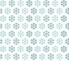 nahtloses Muster mit blauen Weihnachtsschneeflocken auf weißem Hintergrund