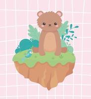niedlicher kleiner Bär, der mit Papageienlaub sitzt, verlässt Karikaturtiere in einer natürlichen Landschaft