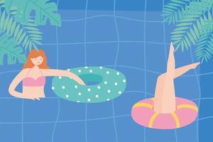 sommarpool med tjejer och uppblåsbar, lekfull tid