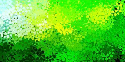 ljusgrön, gul vektorbakgrund med trianglar, linjer.