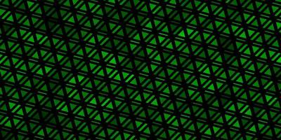 hellgrüner Vektorhintergrund mit Linien, Dreiecken. vektor