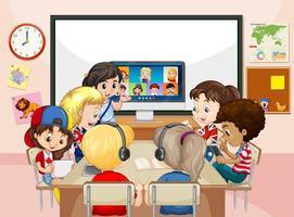 Kinder, die einen Laptop verwenden, um Videokonferenzen mit Lehrern und Freunden in der Klassenzimmerszene zu kommunizieren vektor