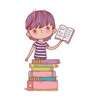 kleiner Junge hält offenes Buch gestapelte Bücher