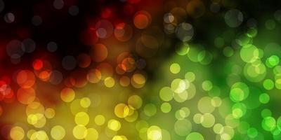 hellgrüner, gelber Vektorhintergrund mit Blasen.
