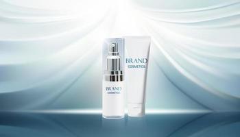 kosmetisk produkt på vit tygbakgrund.