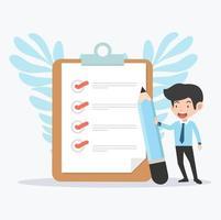 Geschäftsmann hält einen Bleistift mit Zwischenablage und Checkliste