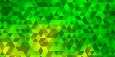 hellgrüne, gelbe Vektorschablone mit Kristallen, Dreiecken.