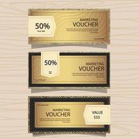 goldener Marketing-Gutschein vektor