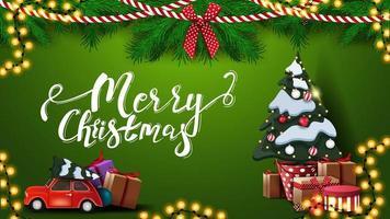 Frohe Weihnachten, grüne Postkarte mit Kranz von Weihnachtsbaumzweigen, Girlanden, rotem Oldtimer mit Weihnachtsbaum und großem Weihnachtsbaum in einem Topf mit Geschenken