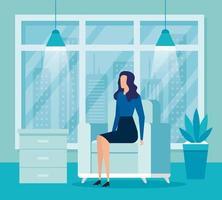 elegant affärskvinna arbetare i vardagsrummet