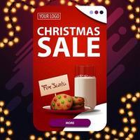 Weihnachtsverkauf, rotes vertikales Rabattbanner mit Knopf und Kekse mit einem Glas Milch für Weihnachtsmann