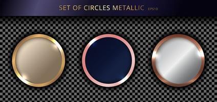 Satz von metallischen Goldkreisen auf transparentem Hintergrund