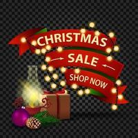 Weihnachtsrabatt-Banner in Form des roten Bandes mit Girlande, Geschenk, antiker Lampe, Weihnachtsbaumzweig, Kegel, Weihnachtskugel vektor