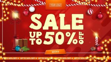 Weihnachtsverkauf, bis zu 50 aus, rote helle horizontale moderne Web-Banner mit Knopf, Stangenlaterne, Geschenk, Weihnachtsbaumzweig mit einem Kegel und einer Weihnachtskugel vektor