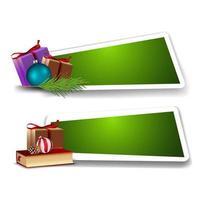 mall för julrabatt, gröna mallar med julklappar vektor