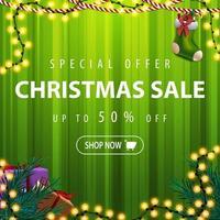 grüne Weihnachtsverkauf Tamplate mit Girlande und Geschenken