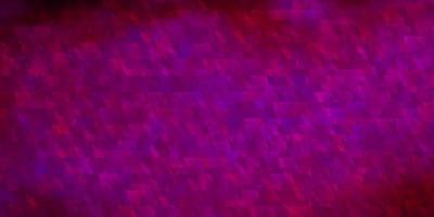 dunkelrosa Vektorbeschaffenheit mit Linien, Dreiecken. vektor