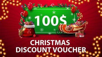 Weihnachtsrabattgutschein mit Weihnachtsschlitten und Tasche mit Geschenken, Girlandenrahmen und grünem Angebot mit Geschenken verziert vektor