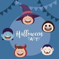 Happy Halloween Party mit Köpfen von Kindern in Kostümen und Girlanden